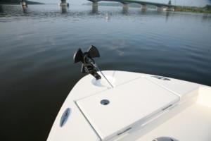 TRAC Angler 30 AutoDeploy Gen 3. Elektryczna winda kotwiczna. Wciągarka kotwicy. Electric anchor winch